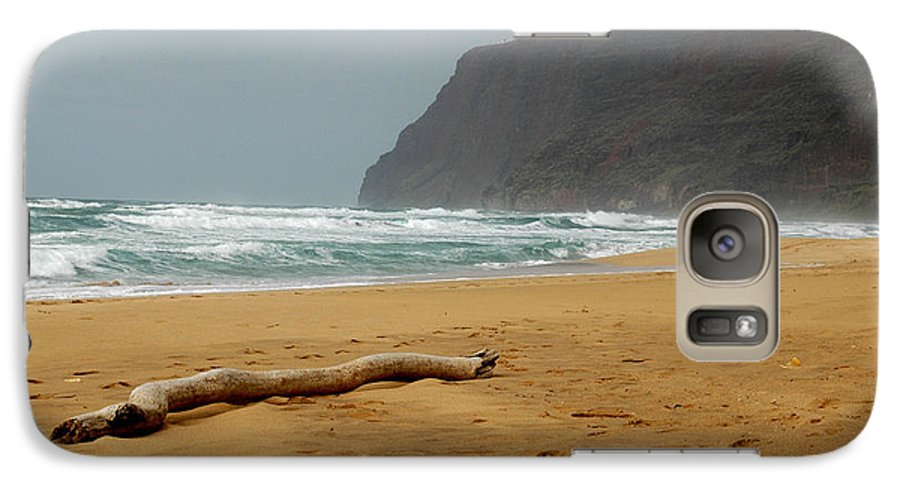 Beach Galaxy S7 Case featuring the photograph Polihale State Park by Kathy Schumann