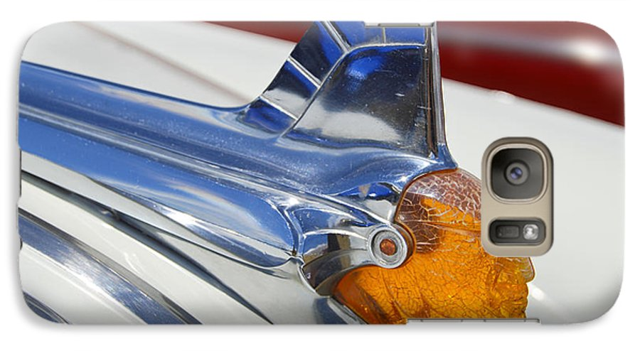 Pontiac Galaxy S7 Case featuring the photograph Pontiac Hood Ornament by Larry Keahey