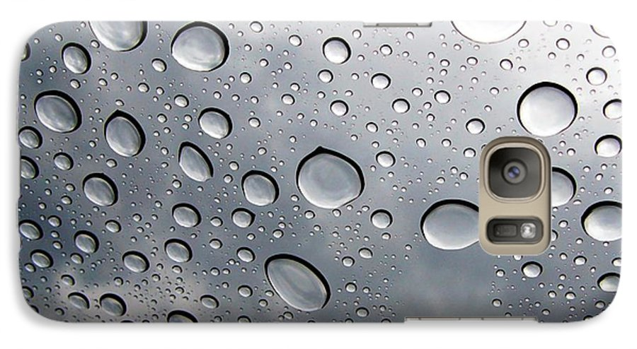 Rain Galaxy S7 Case featuring the photograph Raindrops by Kenna Westerman