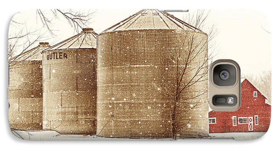 Americana Galaxy S7 Case featuring the photograph Red Barn In Snow by Marilyn Hunt