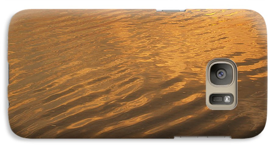 Sunrise Galaxy S7 Case featuring the photograph Rhythmic Sea At Hunting Island by Anna Lisa Yoder