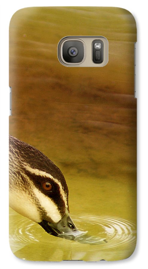 Animals Galaxy S7 Case featuring the photograph Ripples by Holly Kempe