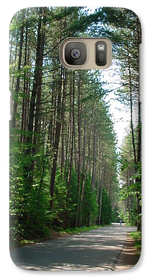Fish Creek Galaxy S7 Case featuring the photograph Roadway At Fish Creek by Jerrold Carton