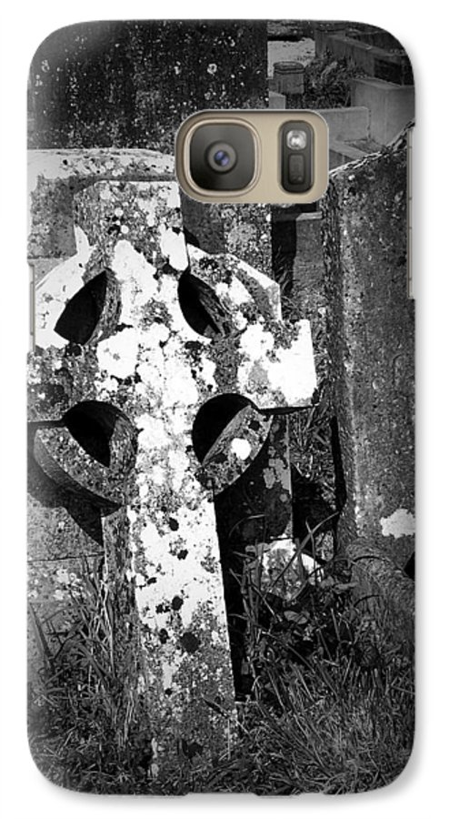 Celtic Galaxy S7 Case featuring the photograph Rugged Cross At Fuerty Cemetery Roscommon Ireland by Teresa Mucha