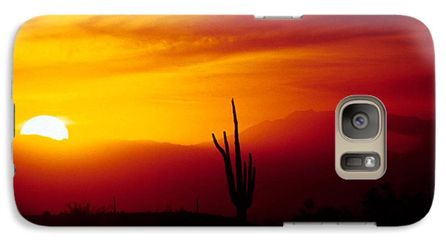 Arizona Galaxy S7 Case featuring the photograph Saguaro Sunset by Randy Oberg