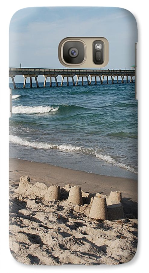 Sea Scape Galaxy S7 Case featuring the photograph Sand Castles And Piers by Rob Hans