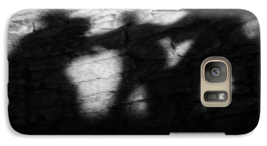 Wall Galaxy S7 Case featuring the photograph Shadows On The Wall Of Edinburgh Castle by Christine Till