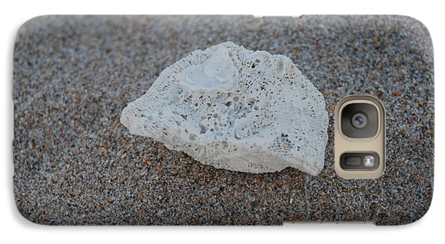 Shells Galaxy S7 Case featuring the photograph Shell And Sand by Rob Hans