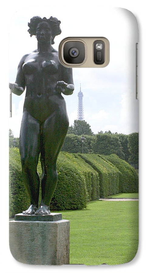 Statue Galaxy S7 Case featuring the photograph Statues At The Louvre by Greg Sharpe