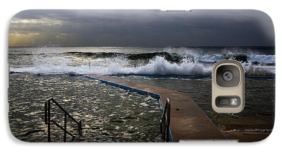 Storm Clouds Collaroy Beach Australia Galaxy S7 Case featuring the photograph Stormy Morning At Collaroy by Sheila Smart Fine Art Photography