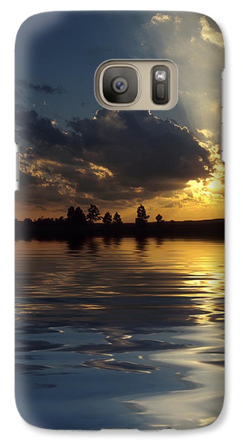 Sunset Galaxy S7 Case featuring the photograph Sunray Sunset by Jerry McElroy
