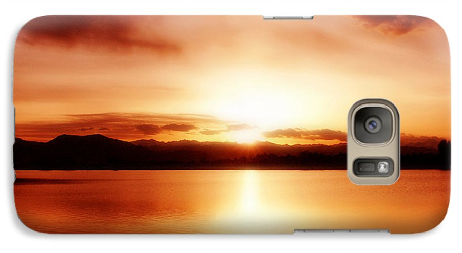 Lake Galaxy S7 Case featuring the photograph Sunset by Marilyn Hunt