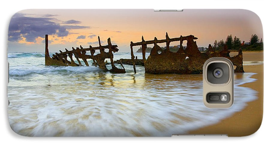 Shipwreck Galaxy S7 Case featuring the photograph Swallowed By The Tides by Mike Dawson