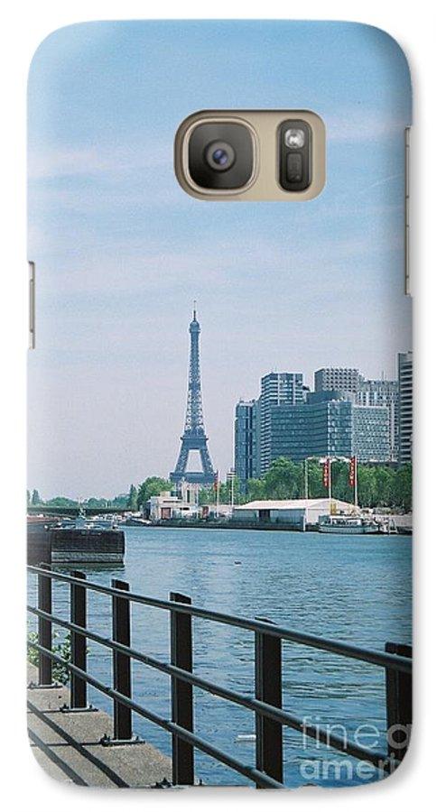 The Eiffel Tower Galaxy S7 Case featuring the photograph The Eiffel Tower And The Seine River by Nadine Rippelmeyer