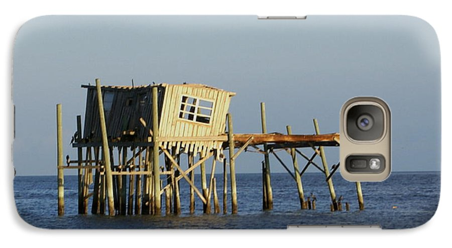 Seascape Galaxy S7 Case featuring the photograph The Honeymoon Suite by Debbie May