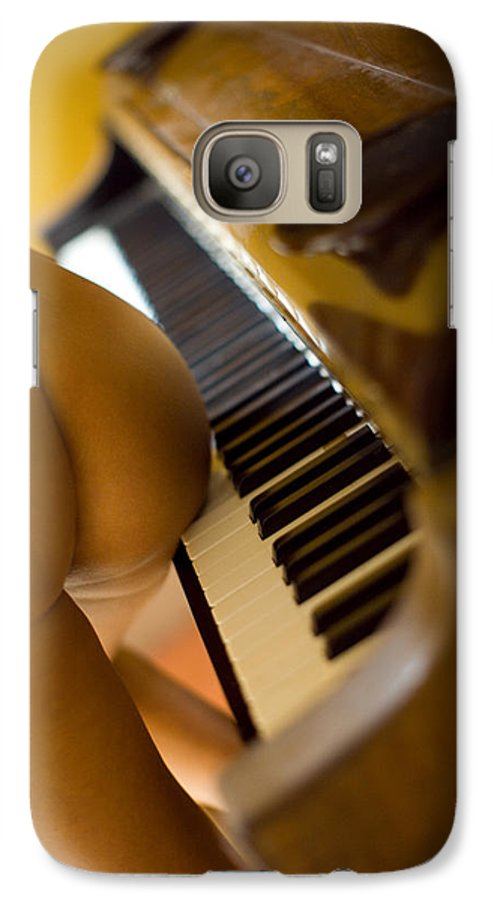Sensual Galaxy S7 Case featuring the photograph The Piano by Olivier De Rycke