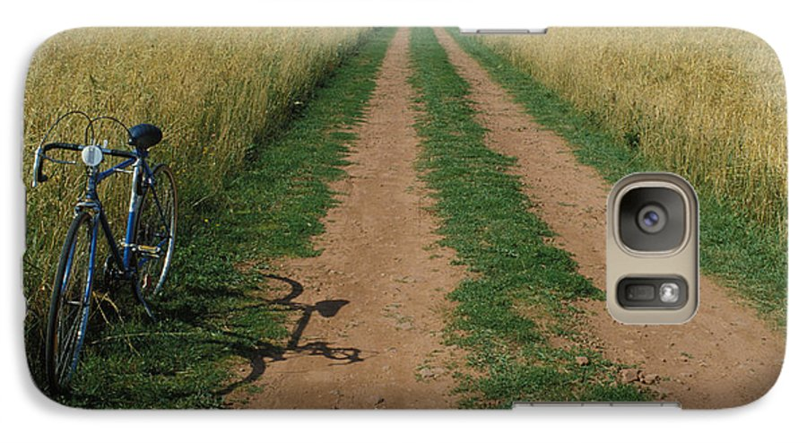 Dirt Galaxy S7 Case featuring the photograph The Road To Home by Carl Purcell
