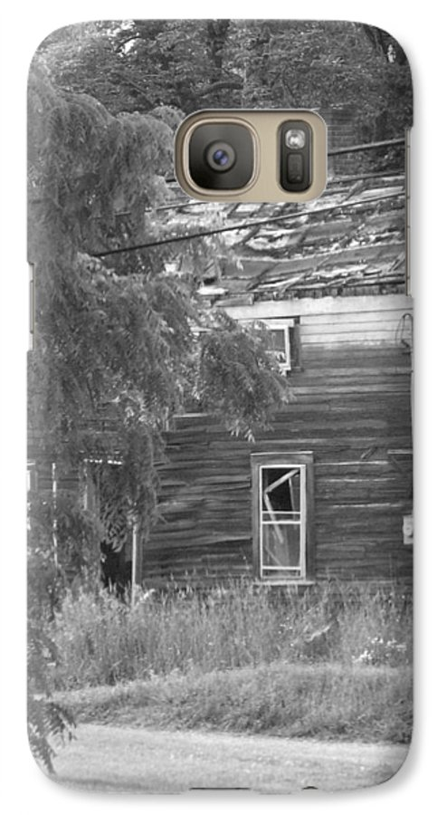 House Galaxy S7 Case featuring the photograph This Old House by Rhonda Barrett