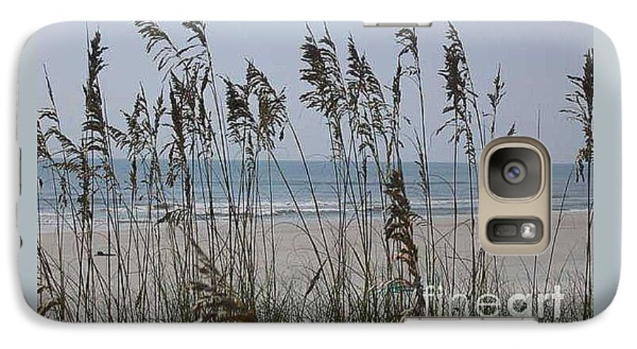 Florida Beach Near St. Augustine Galaxy S7 Case featuring the photograph Thru The Sea Oats by Barb Montanye Meseroll