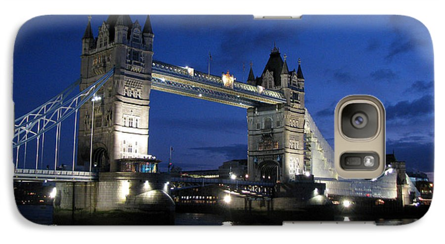 London Galaxy S7 Case featuring the photograph Tower Bridge by Amanda Barcon