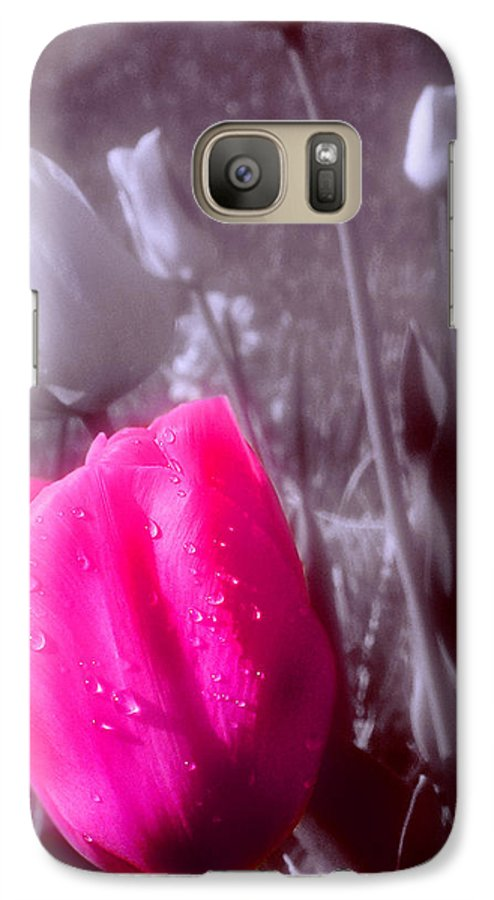Flower Galaxy S7 Case featuring the photograph Uniqueness by Kenneth Krolikowski
