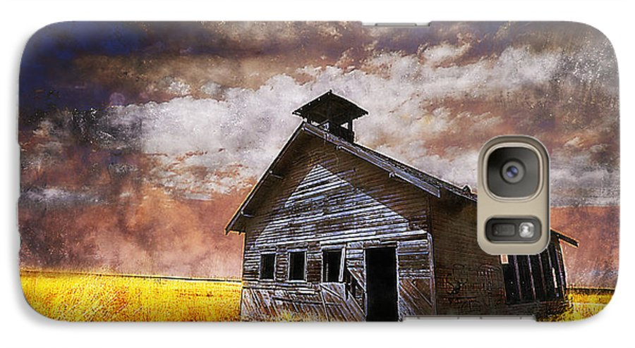 House Galaxy S7 Case featuring the photograph Will This Be The Way Of Education In The Us by Jeff Burgess