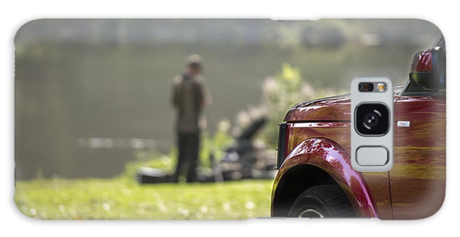 4x4 Galaxy S8 Case featuring the photograph Landrover Discovery 4 by Moments In Time Photographics