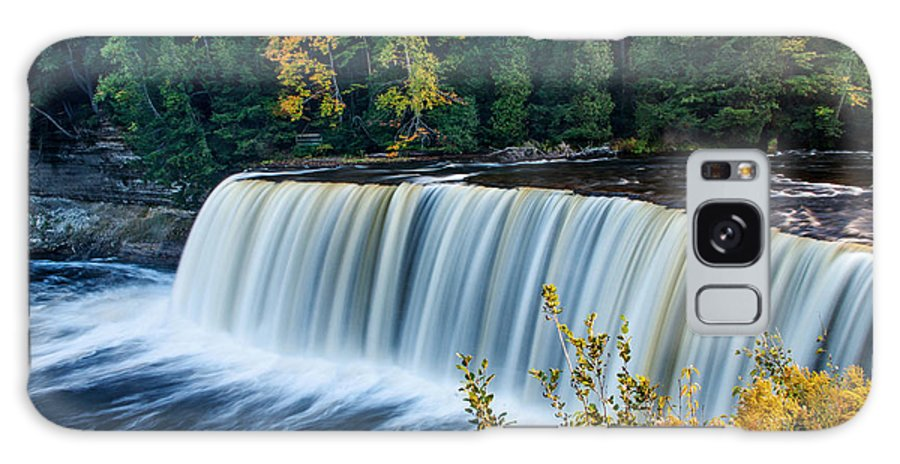 Tahquamenon Falls Galaxy S8 Case featuring the photograph Tahquamenon Falls by Gary McCormick