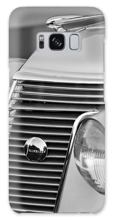 1937 Studebaker Grille Galaxy S8 Case featuring the photograph 1937 Studebaker Grille by Jill Reger