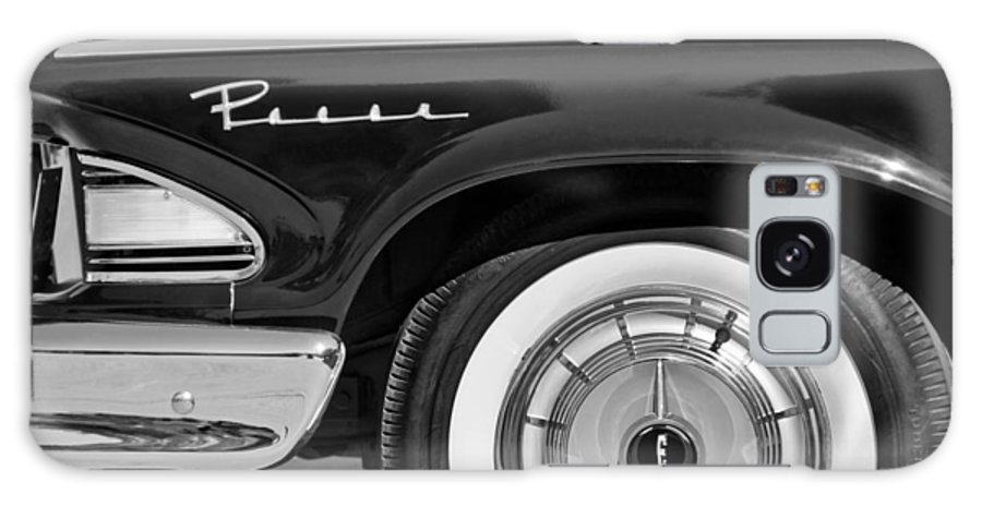 1958 Edsel Pacer Wheel Emblem Galaxy S8 Case featuring the photograph 1958 Edsel Pacer Wheel Emblem by Jill Reger