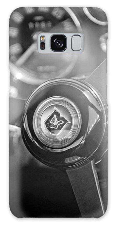 1965 Aston Martin Db5 Coupe Rhd Steering Wheel Galaxy S8 Case featuring the photograph 1965 Aston Martin Db5 Coupe Rhd Steering Wheel by Jill Reger