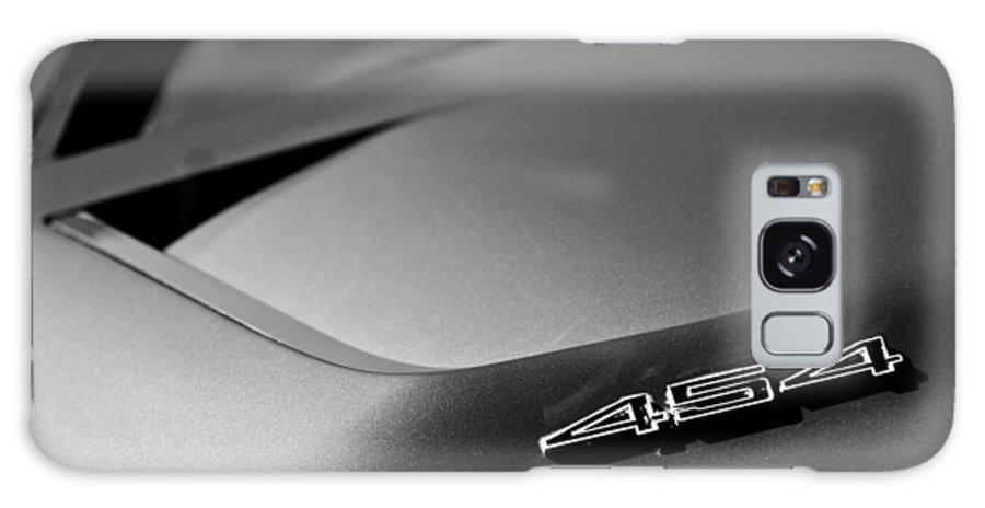 1972 Chevrolet Corvette Convertible Stingray 454 Galaxy S8 Case featuring the photograph 1972 Chevrolet Corvette Stingray Emblem by Jill Reger