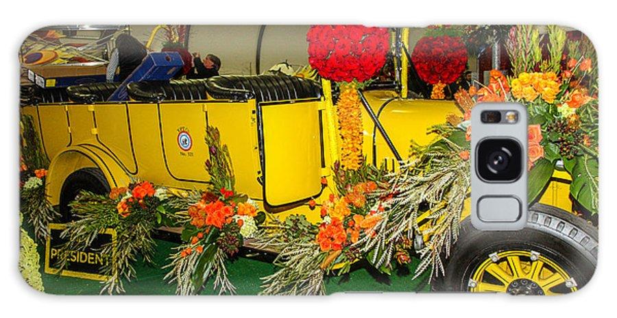 Rose Bowl Galaxy S8 Case featuring the photograph Antique Car 1 by Robert Hebert