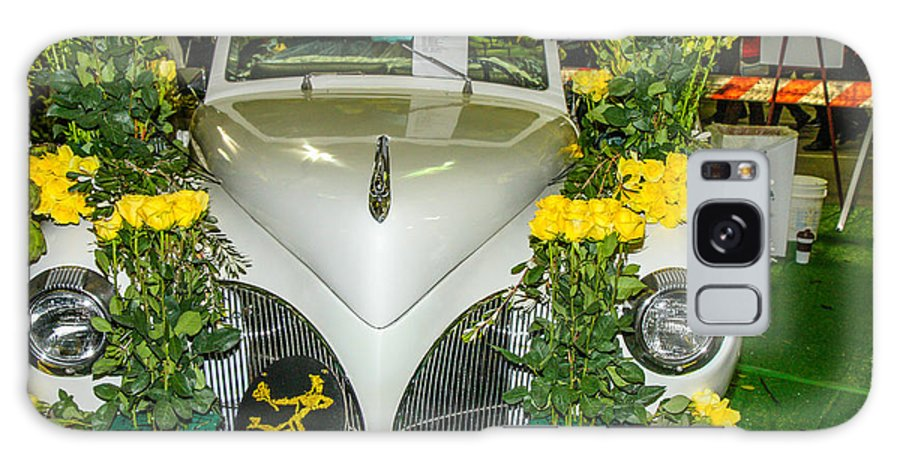 Rose Bowl Galaxy S8 Case featuring the photograph Antique Car 2 by Robert Hebert