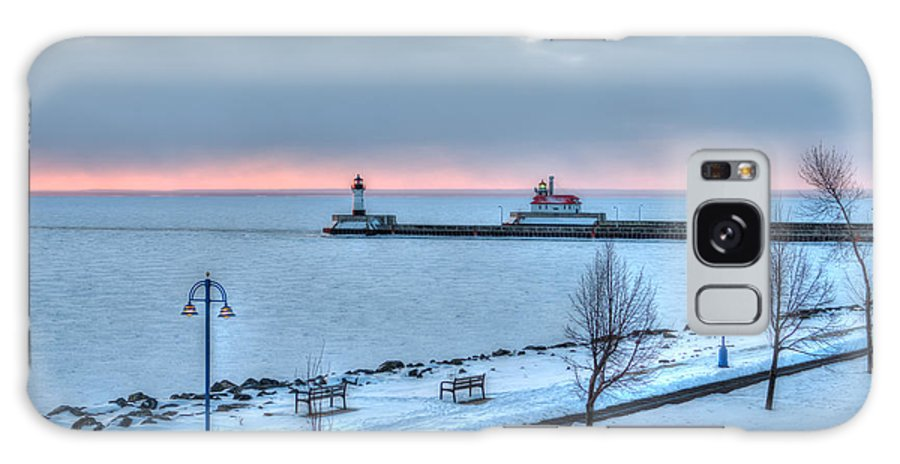 Duluth Galaxy S8 Case featuring the photograph Duluth Winter Sunrise by Shane Mossman