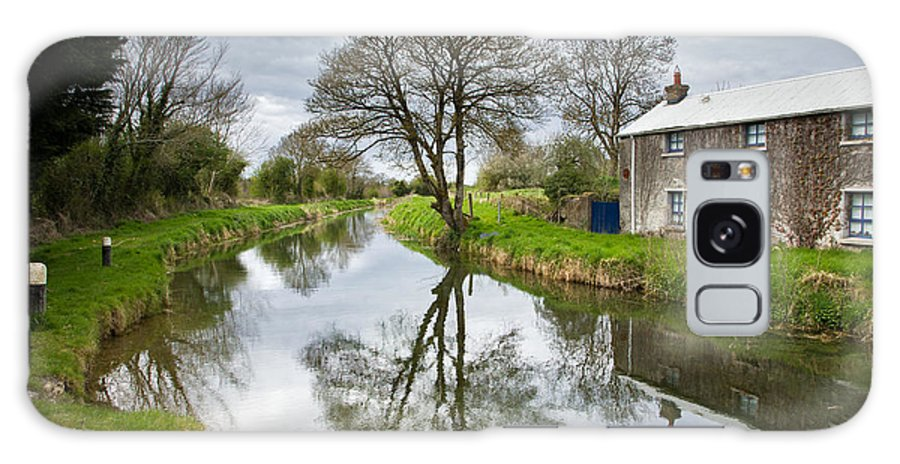 Grand Galaxy S8 Case featuring the photograph Grand Canal At Miltown by Ian Middleton