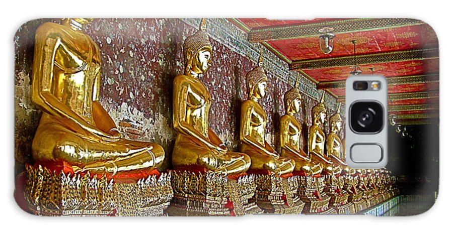 Hall Of Buddhas 2 In Wat Suthat In Bangkok Galaxy S8 Case featuring the photograph Hall Of Buddhas At Wat Suthat In Bangkok-thailand by Ruth Hager