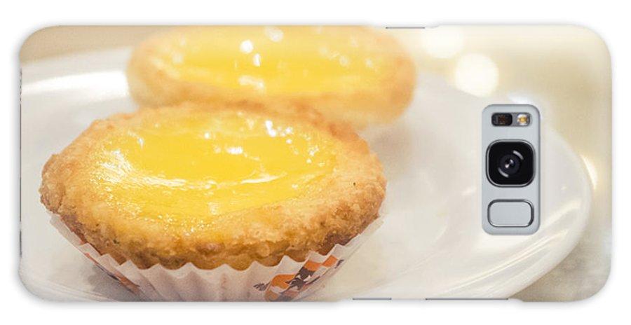 Hong Kong Galaxy S8 Case featuring the photograph Hong Kong Food Egg Tart by Tuimages