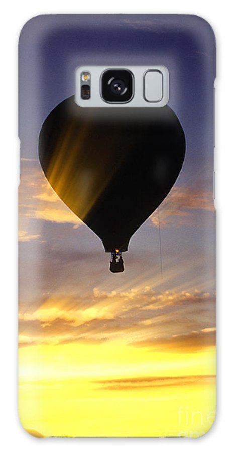 New England Galaxy S8 Case featuring the photograph Hot Air Balloon At Sunset. by Don Landwehrle