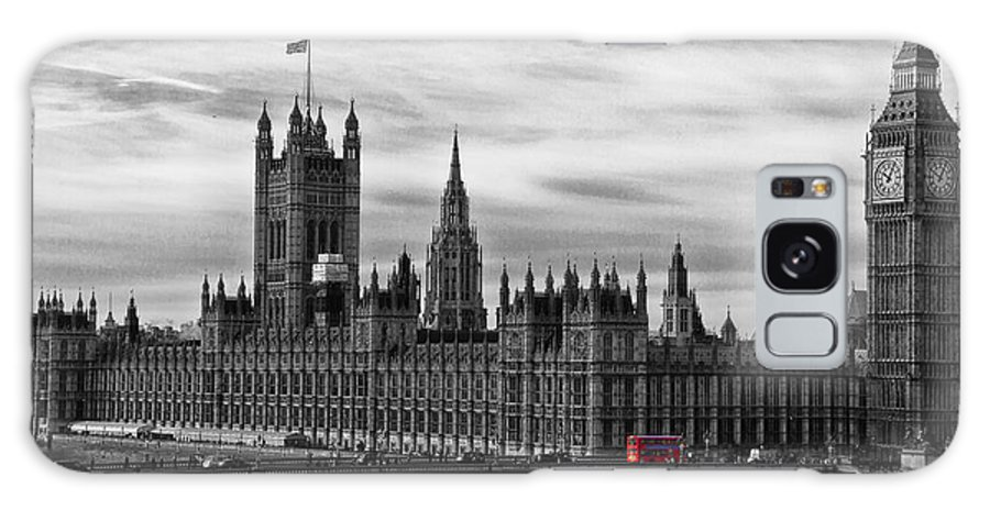 Palace Of Westminster Galaxy S8 Case featuring the photograph Houses Of Parliament by David Pringle