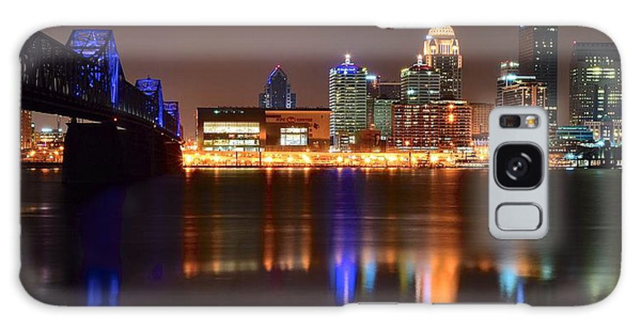 Louisville Galaxy S8 Case featuring the photograph Louisville Kentucky by Frozen in Time Fine Art Photography