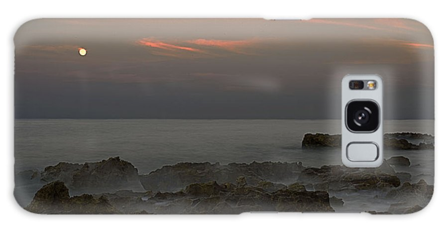 Moon Galaxy S8 Case featuring the photograph Moonrise Coral Cove by Bruce Bain