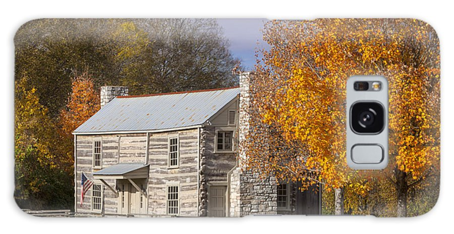 America Galaxy S8 Case featuring the photograph Old Log House by Brian Jannsen
