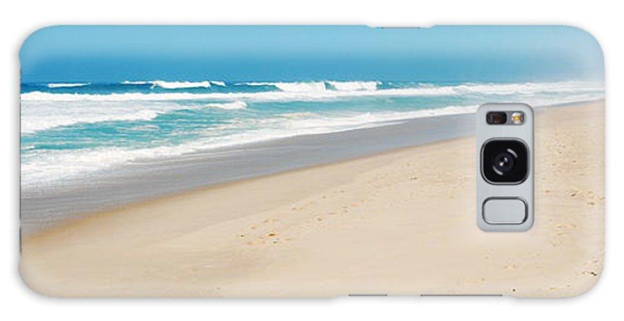 Praia Galaxy S8 Case featuring the photograph Praia Del Rey Beach by Luis Alvarenga
