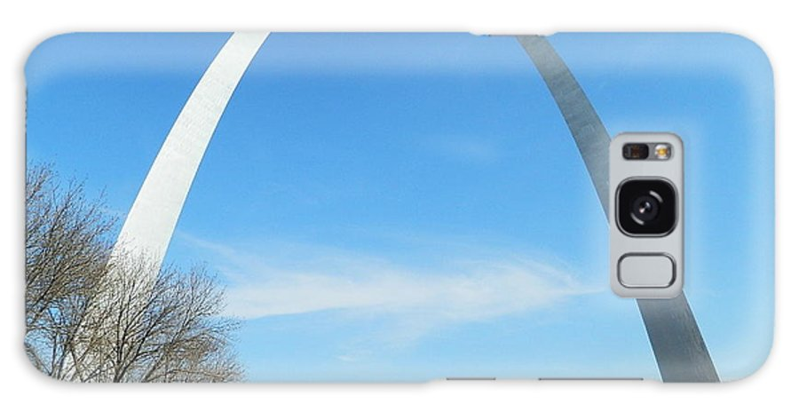 St. Louis Galaxy S8 Case featuring the photograph St. Louis Arch by Sandras