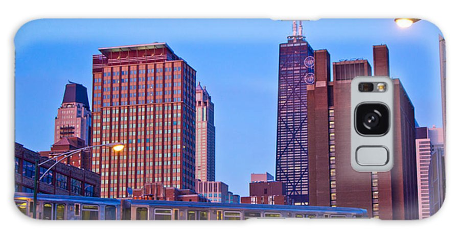 Chicago Galaxy S8 Case featuring the photograph The El In Chicago by John McGraw