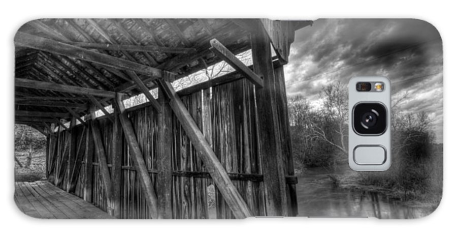 Covered Bridge Galaxy S8 Case featuring the photograph Trinity Road Covered Bridge by David Dufresne
