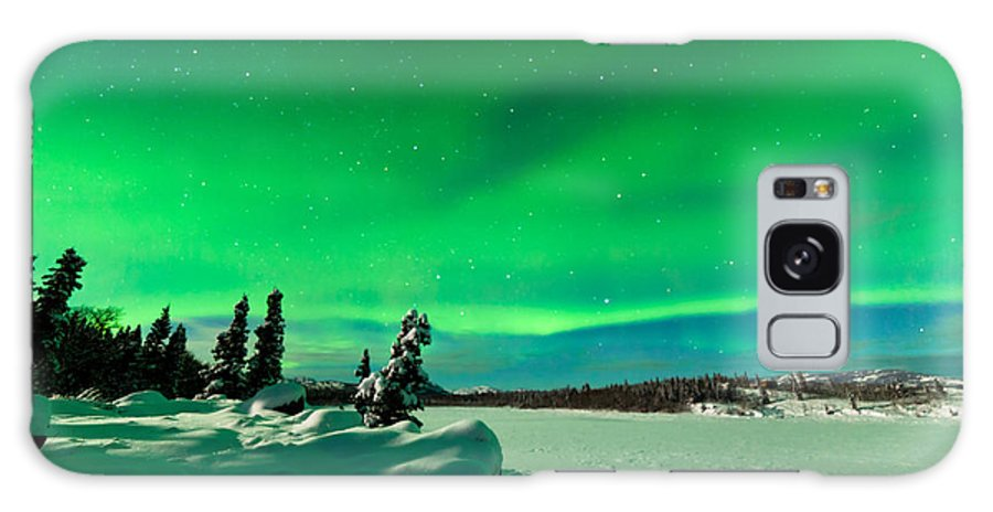 Alaska Galaxy S8 Case featuring the photograph Intense Display Of Northern Lights Aurora Borealis by Stephan Pietzko