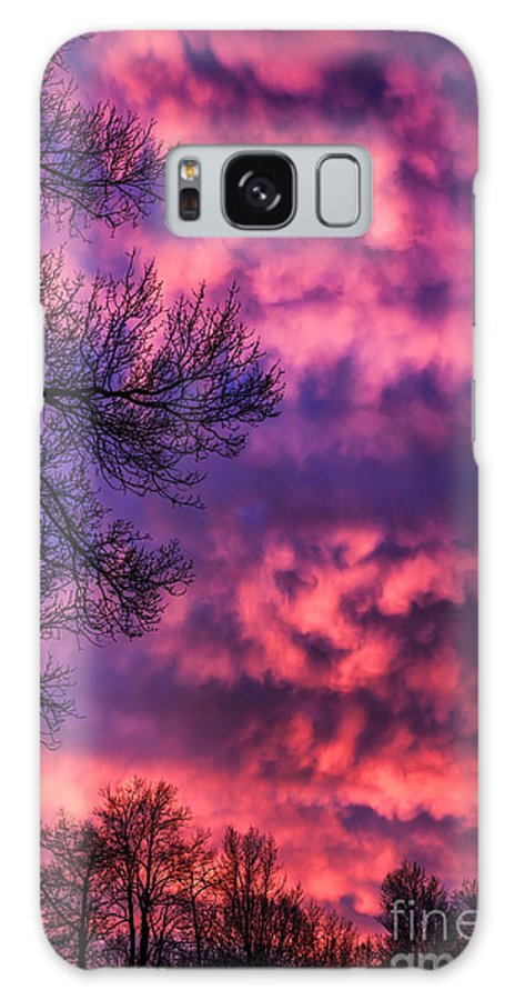 Sunrise Galaxy S8 Case featuring the photograph Red Sky At Morning by Thomas R Fletcher