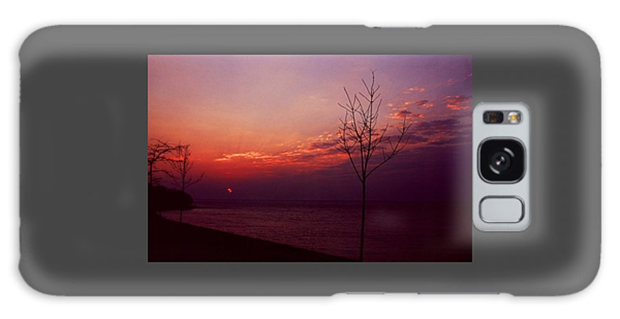 Sunset Galaxy S8 Case featuring the photograph 112601-20 by Mike Davis